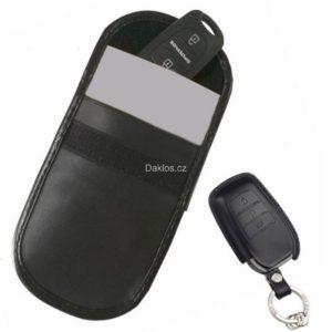 pouzdro-blokujici-signal-na-klice-od-auta-a-karty